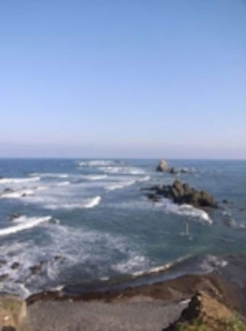 風の強い岬としても有名。岬の先端ではアザラシを見ることができる