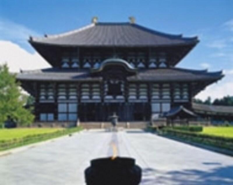 世界遺産にも認定される東大寺の大仏殿。写真:矢野建彦