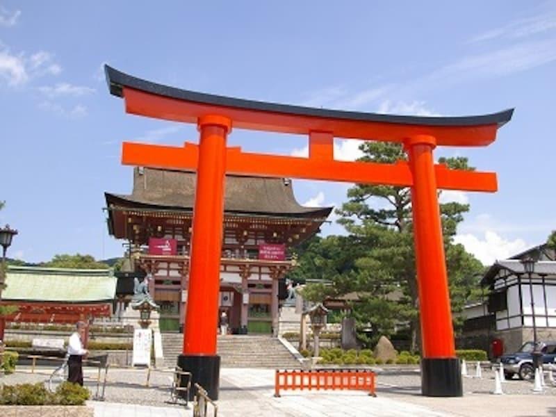 京都の人気初詣スポット、伏見稲荷大社