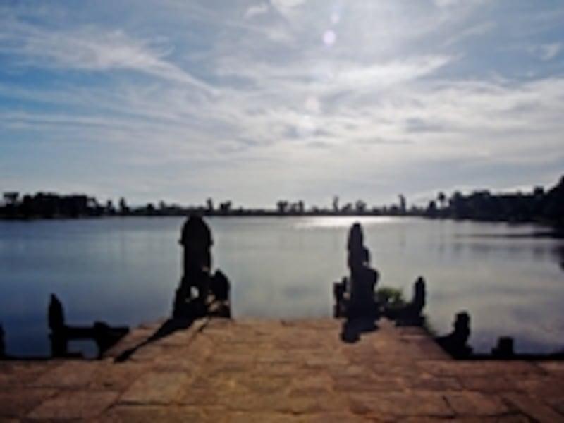 王の沐浴場、スラ・スラン。アンコールは水路やため池などの高度な水利システムに守られた水の都だった
