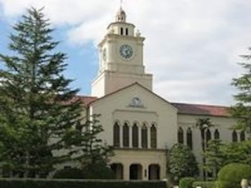 有名なアメリカ人建築家のウィリアム・メレル・ヴォーリズは、関西学院大学の象徴となっている時計台などを建築している。