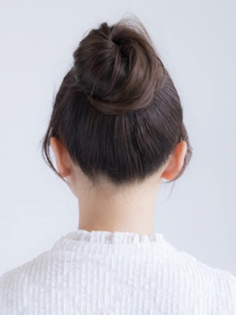 お団子ヘアの作り方・やり方・方法(バックスタイル)