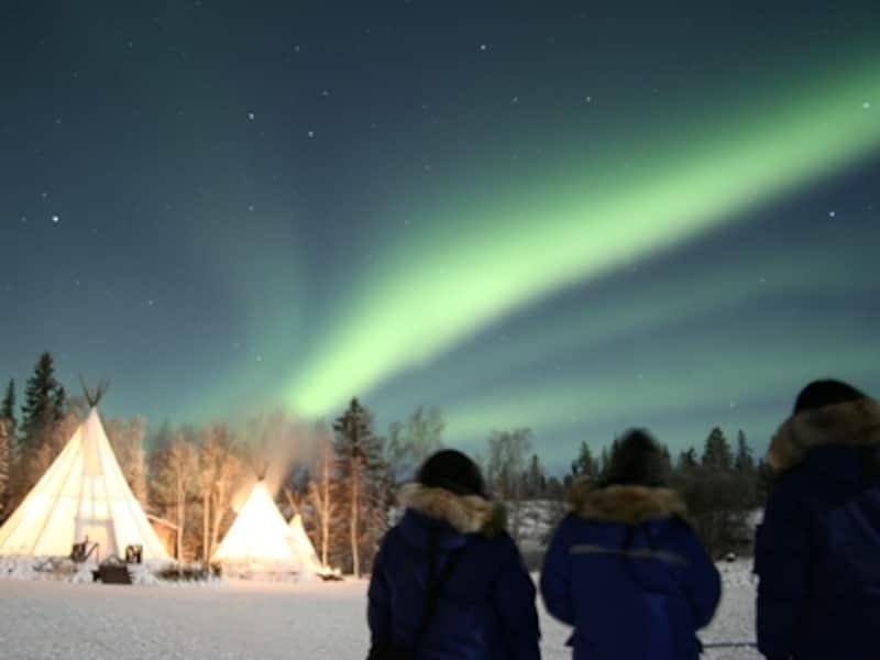 夜空を彩る神秘の光、オーロラundefined写真提供:オーロラビレッジ