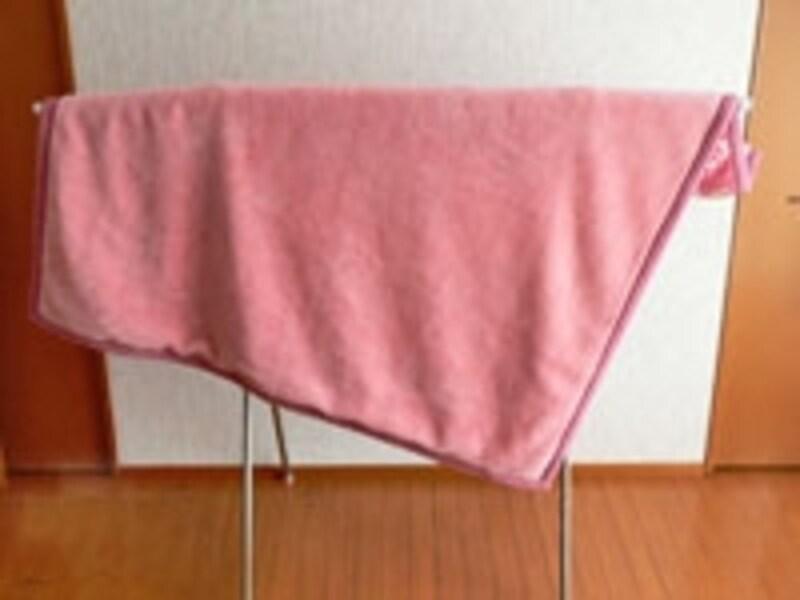 こちらも固定しにくければ洗濯バサミや重りをしても○