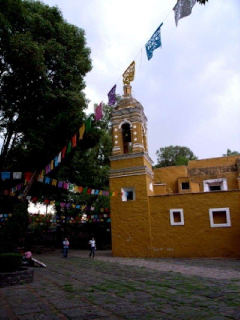 コヨアカン地区にある小さな教会