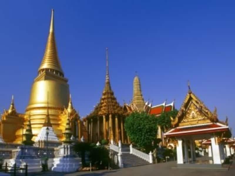 タイの文化を語るときに絶対に外せないのが仏教