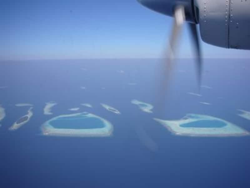 滞在するリゾートのある環礁によって、マーレ国際空港からのアプローチ方法が異なります