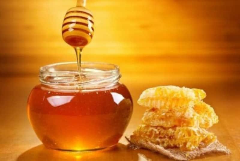 ガス欠対策にはエネルギーをタイミングよく補給。ハチミツは、消化、吸収、成分からいってエネルギー補給源として優等生。朝トレ前にスプーン1杯