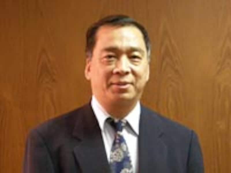 路 京華氏<br>1952年、中国・北京生まれ。父は高名な老中医で代々医師の家系に育つ。中国中医研究院大学院卒業。中国中医研究院広安門医院客員教授。『中国漢方がよくわかる本』『免疫力』ほか著書多数、『中医内科学』監修等。現在は、中医学普及のために日本において講演、執筆活動に活躍している。