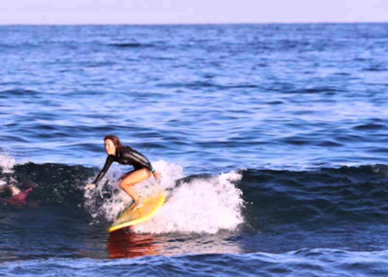 サーフィンの波の種類