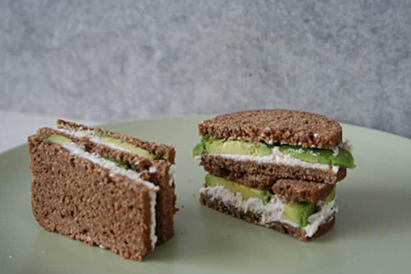 ツナペーストのサンドイッチ