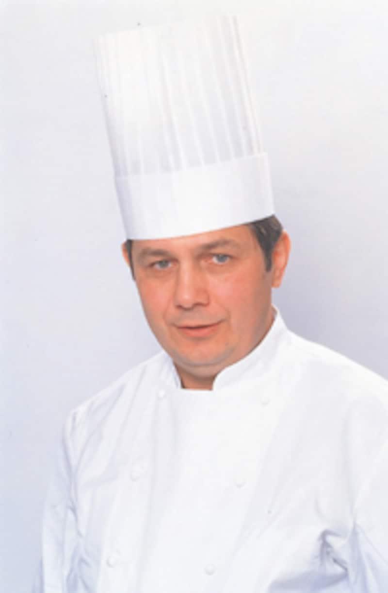 ジャンポール・チェボー氏</a></td></tr><tr><td class=