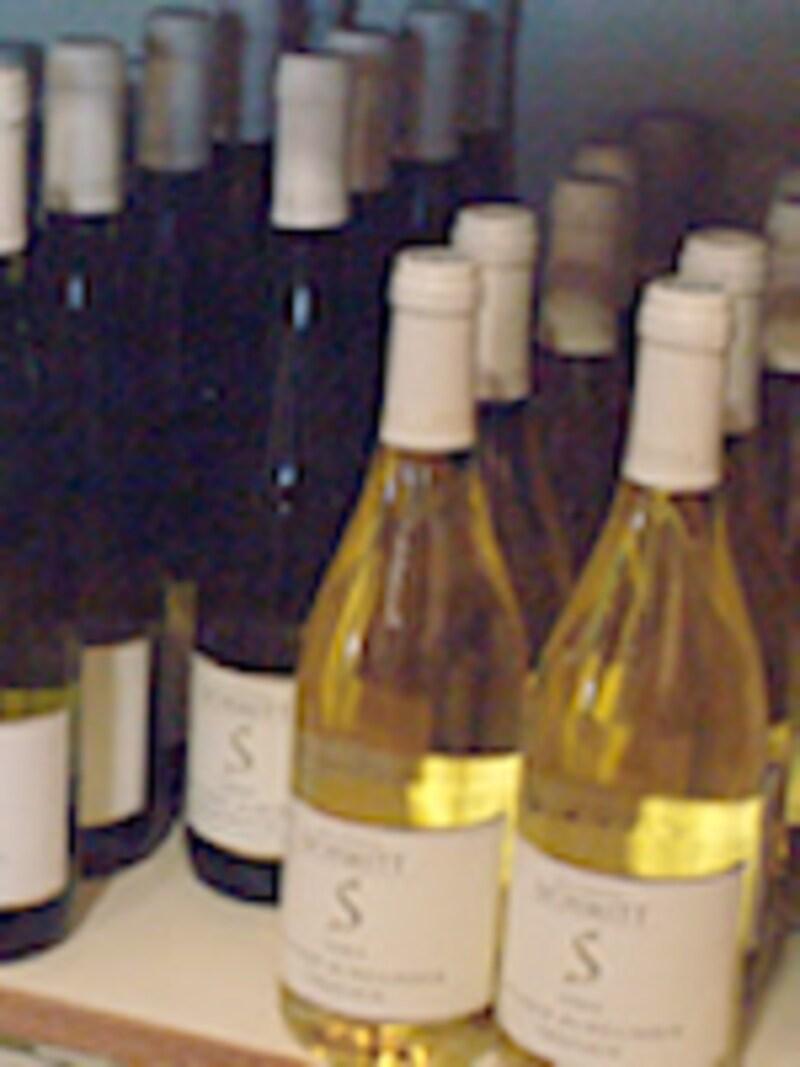 冷暗所に置かれているボトル