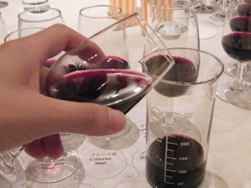 幾つかの品種のワインをブレンドするのが、アッサンブラージュ