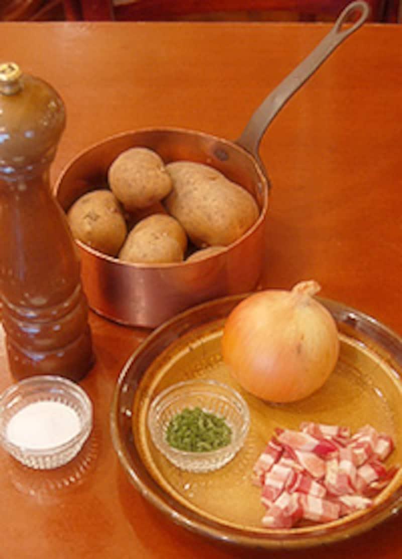 リヨン風ポテトの材料
