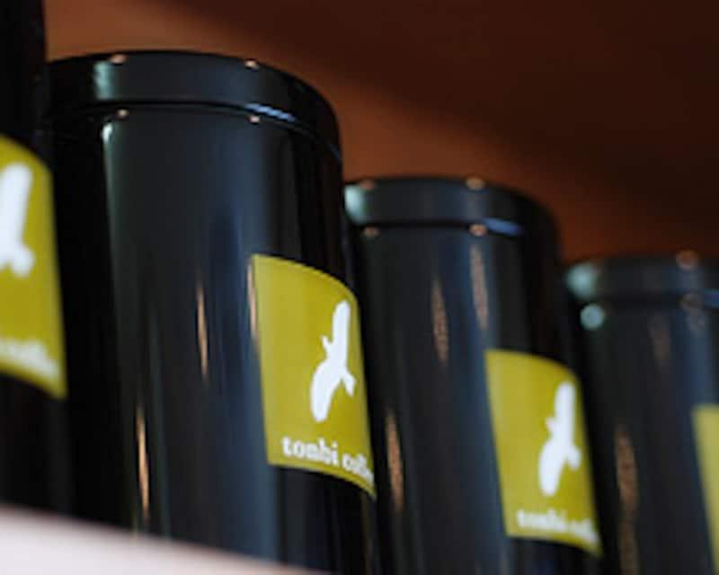 トンビのコーヒー缶