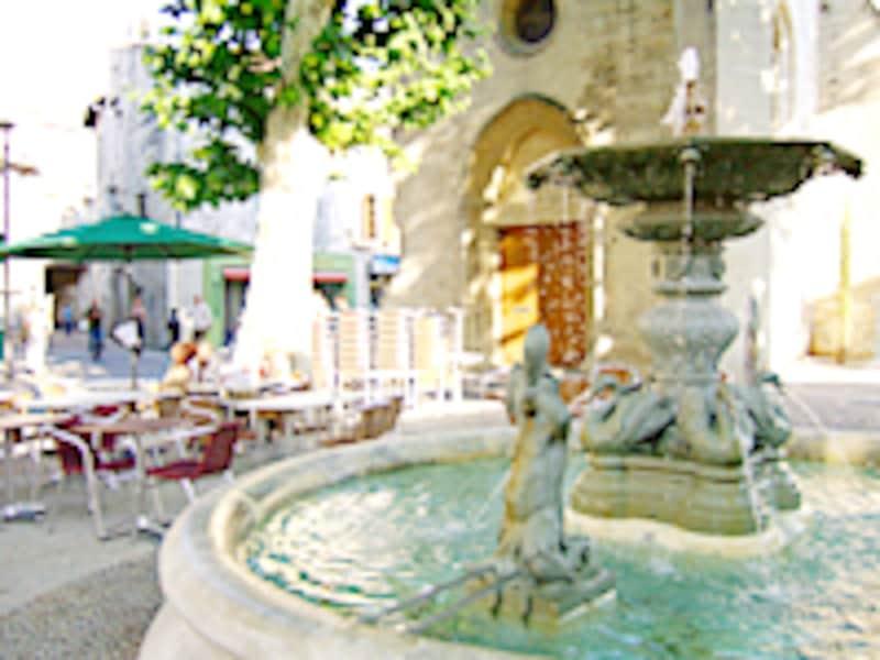 アヴィニヨンは、都会の便利さと、南仏の優しさを併せ持つ素晴らしい街