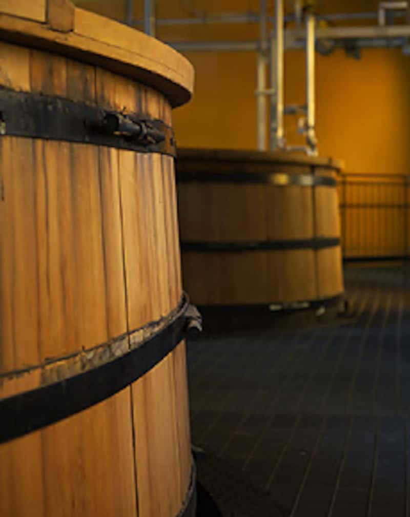 白州の木桶発酵槽