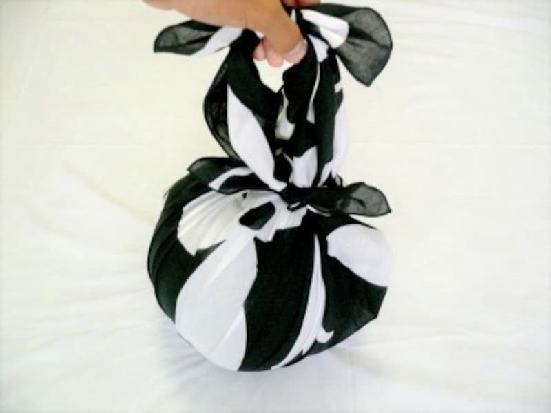 風呂敷エコバック・マイバック……スイカ包みの結び方・作り方
