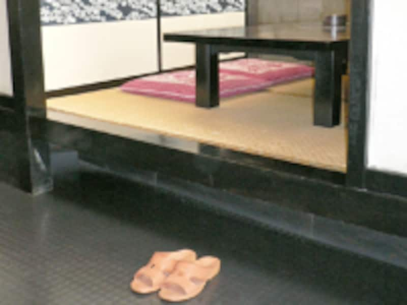 小上がりの場合/靴やブーツの脱ぎ方・置き方