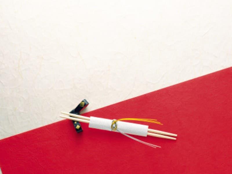 祝箸は両口箸で、一方を神様用と考えます