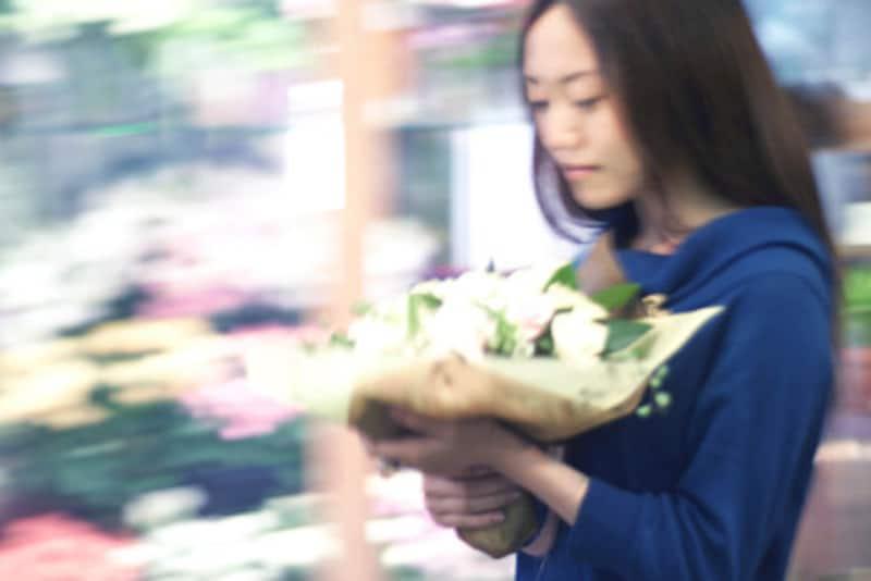 立てば芍薬、座れば牡丹、歩く姿は百合の花