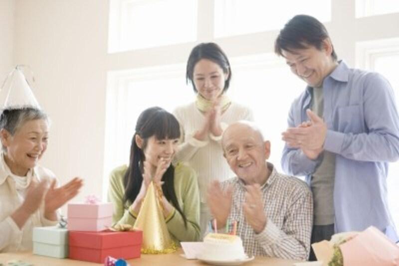 ハッピーマンデー法により、敬老の日は9月第3月曜となりました