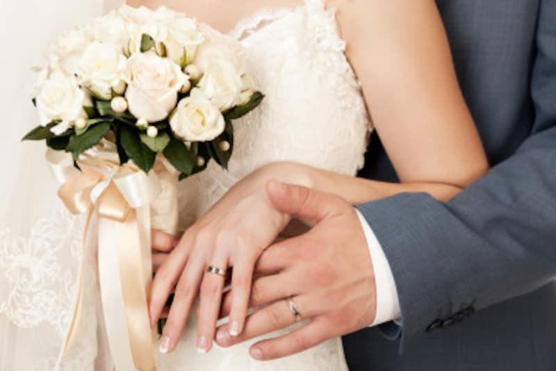 スピード婚に踏み切るきっかけや決め手って何?結婚してもうまくいく人と離婚する人の差は?