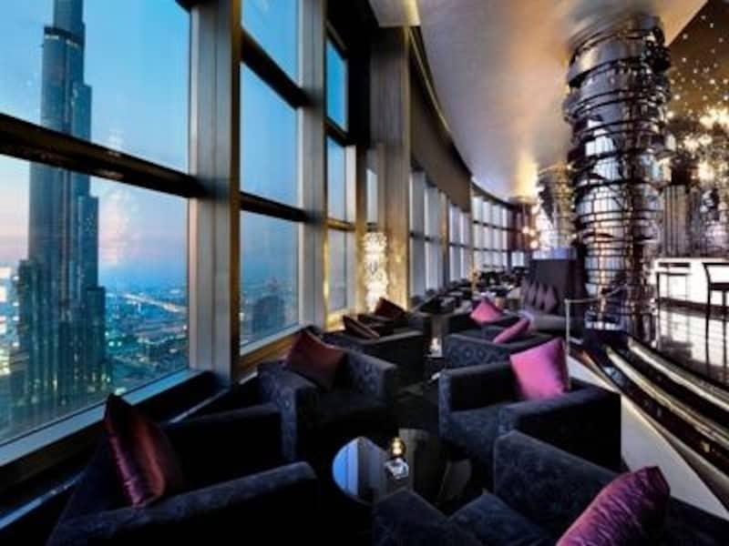 ジ・アドレス・ダウンタウン・バージュドバイの最上階、ネオスから観るバージュカリファの夜景 CopyrightOfTheAddressDowntownBurjDubai