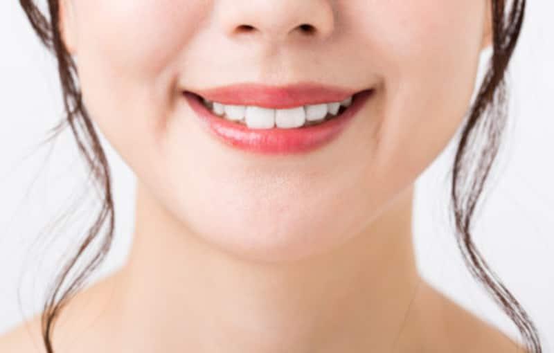 口の形で性格と恋愛の相性がわかる!口元が緩い・口を尖らす心理は?