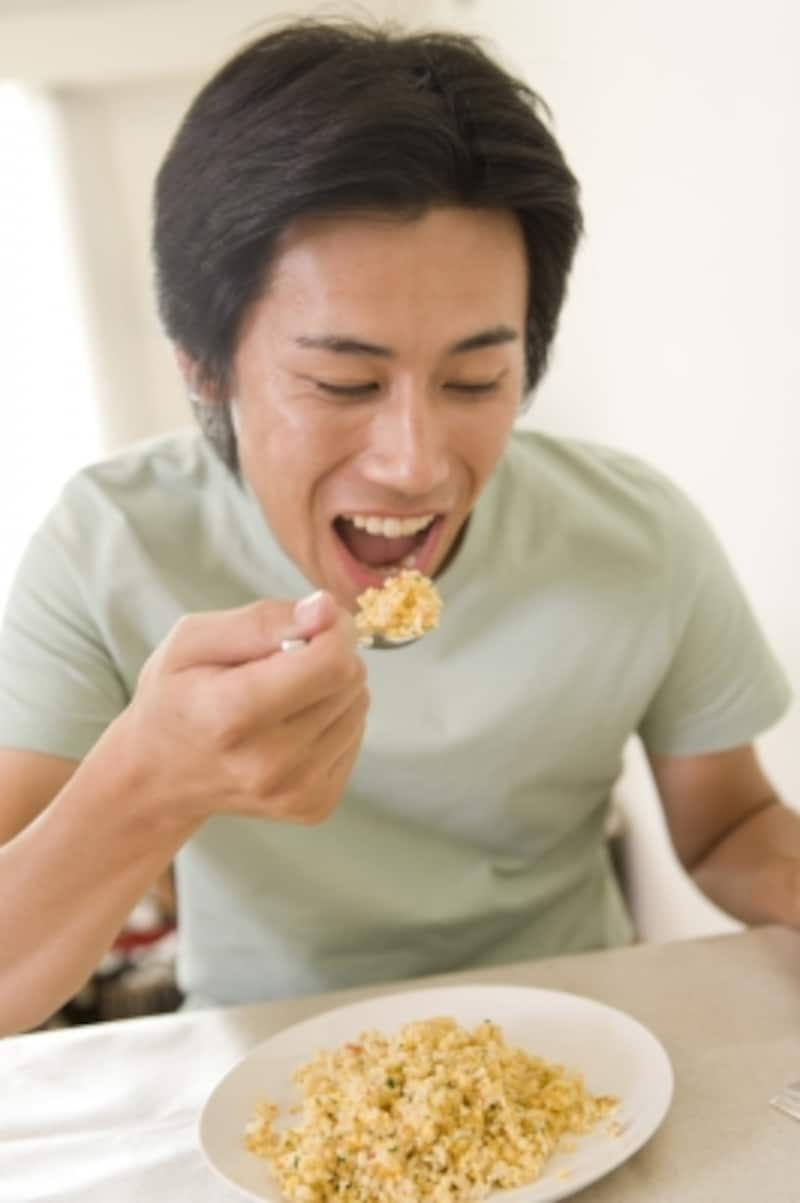 食欲が旺盛な男性は性欲も旺盛?!