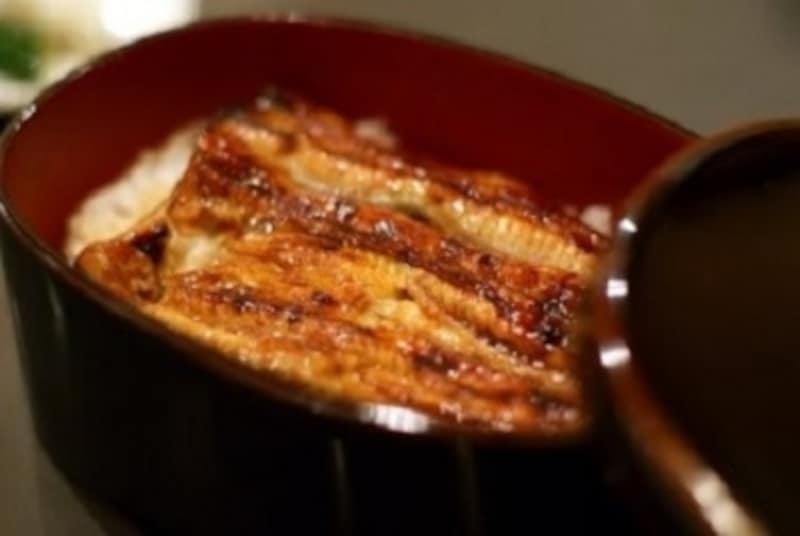 夏と言えば、鰻(うなぎ)でしょう。京都の鰻の名店をご紹介します