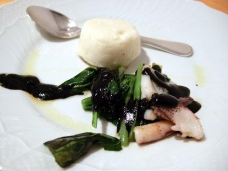 「アオリイカと小松菜のソテー」と「帆立貝のムース」