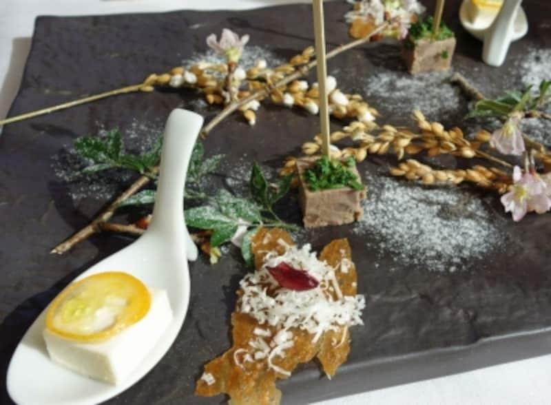 「メゾンドタカ芦屋」からの一皿