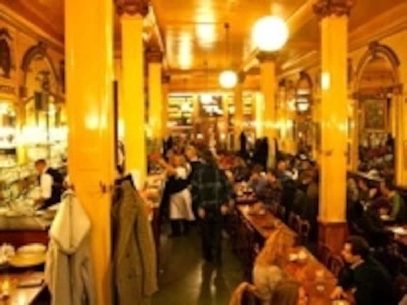 ブリュッセルにある伝説のビアカフェ「ア・ラ・モール・シュビット」