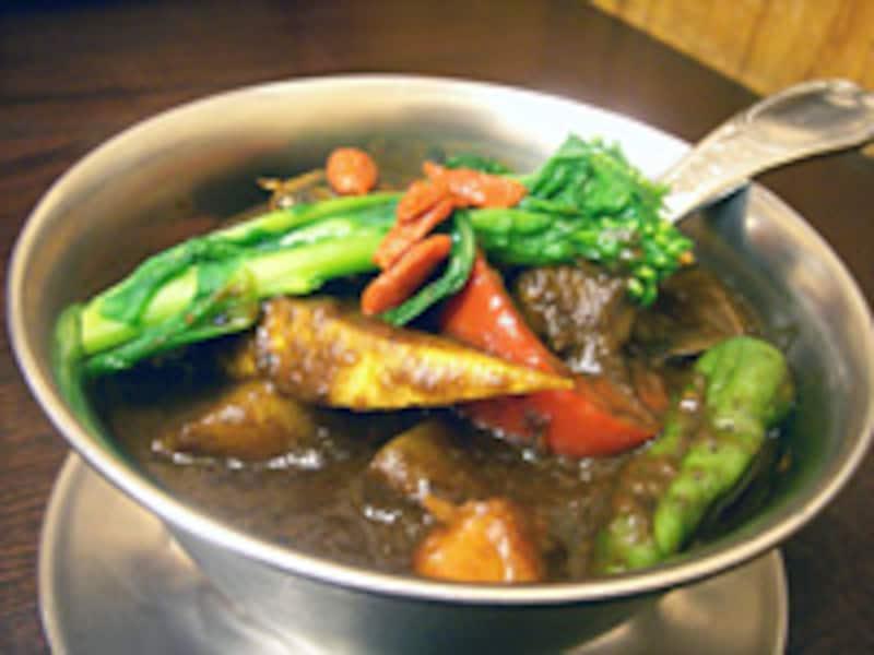 季節の野菜カレー (中辛)