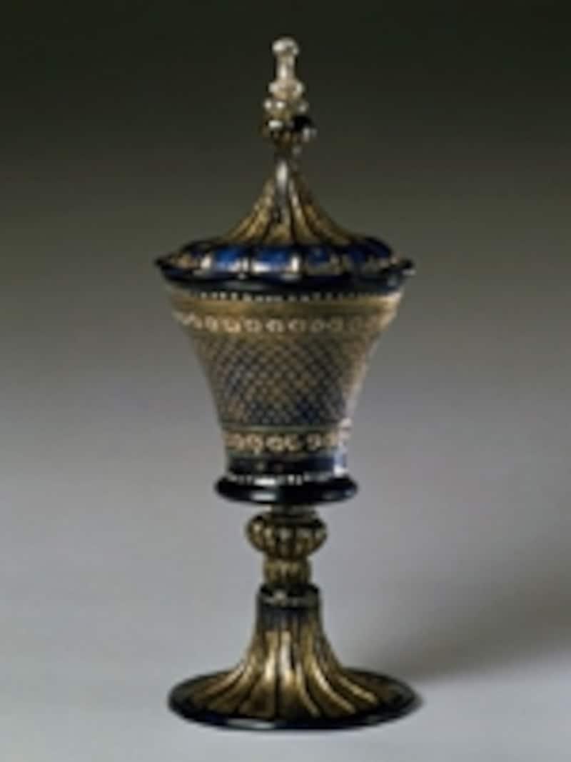 点彩花文蓋付ゴブレット(1500年頃undefinedヴェネチア)