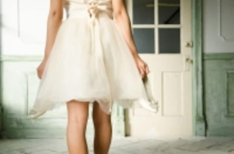 白・アイボリーは花嫁の色。招待客が身につけるのはご法度