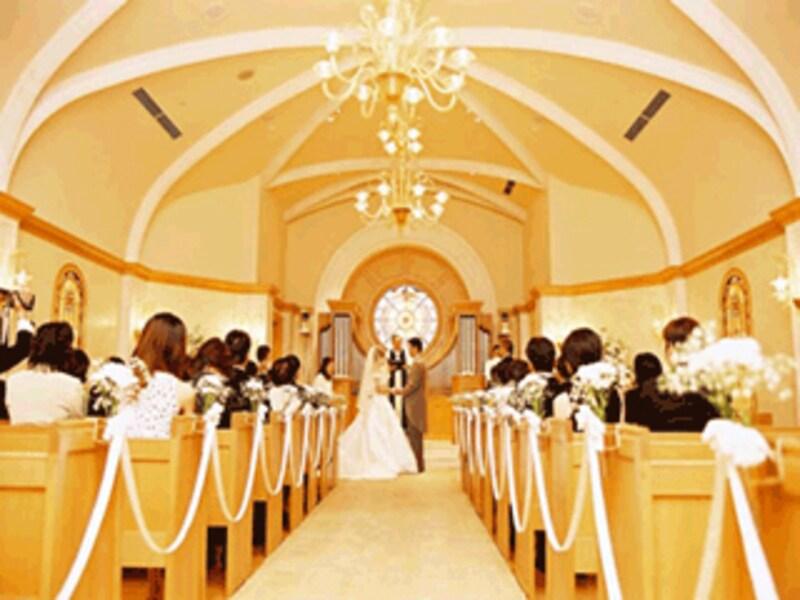 """""""年度替わりの結婚式は招待客選びに注意!"""
