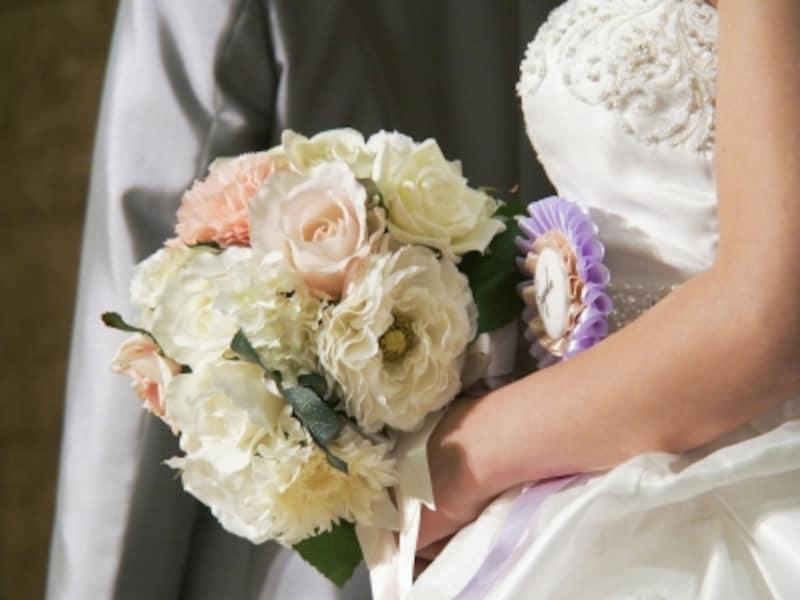意外とお金がかかる、結婚式会場装花やブーケ。満足できる仕上がりにしたいけれど、知識がない人がほとんど。どうやって打ち合わせする?意外とお金がかかる、結婚式会場装花やブーケ。満足できる仕上がりにしたいけれど、知識がない人がほとんど。どうやって打ち合わせする?