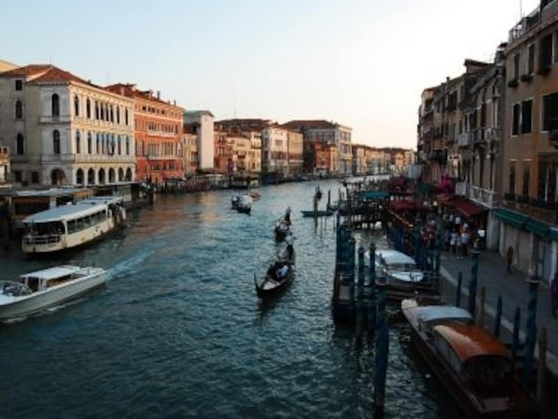 北イタリアを代表する都市は、ベネチア、ミラノ、トリノ、そしてジェノバ。どの街も個性満載
