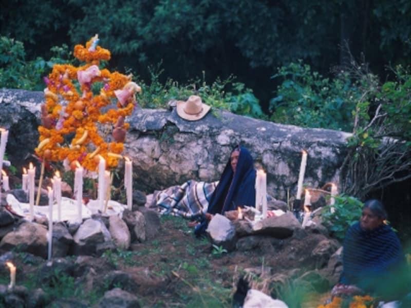 死者の日のミチョアカン、ユヌエン島©BruceHerman/メキシコ観光局