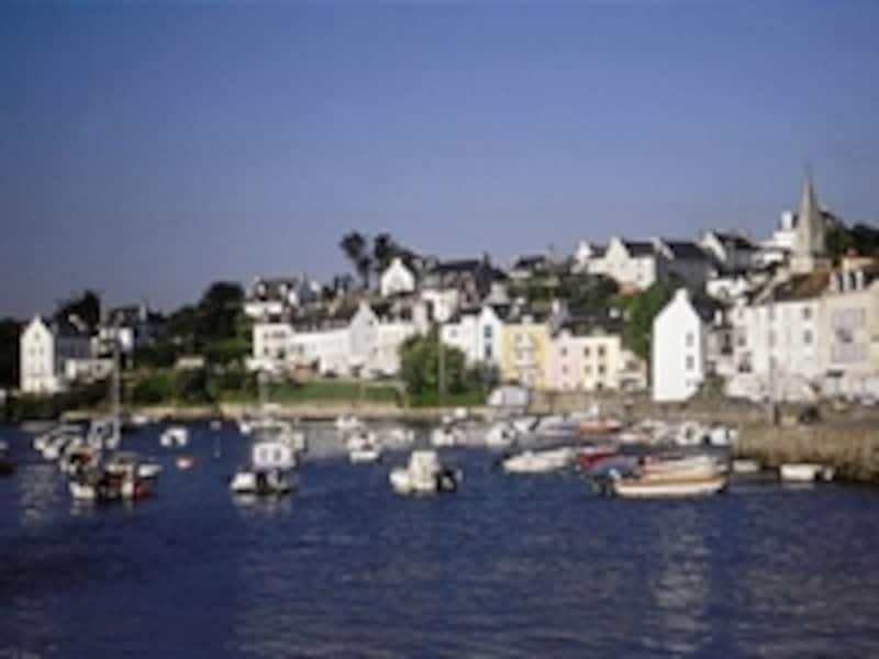 フランス語で「美しい島」という名のベル・イル
