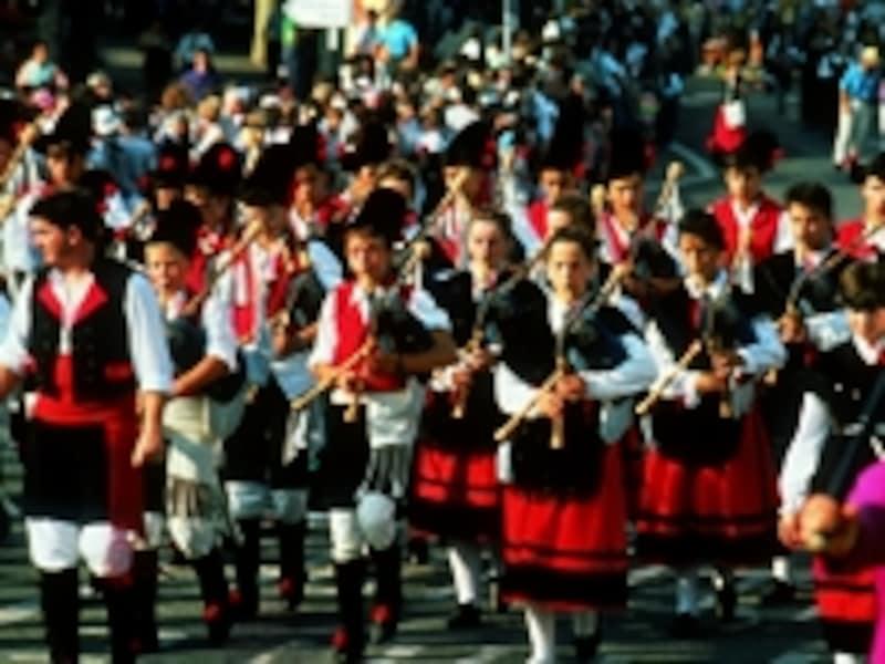フランスにいながらにしてケルト文化を生で見られる