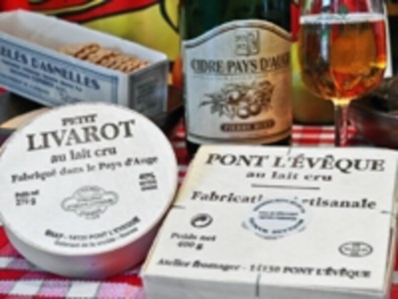フランスチーズの中で最もポピュラーなカマンベールチーズ©ATOUTFRANCE/CDTCalvados/CDTCalvados