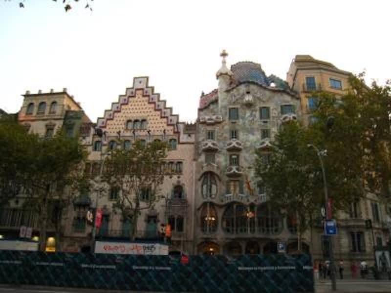 ツアーで必ず訪れる、バルセロナのカサ・バトリョ