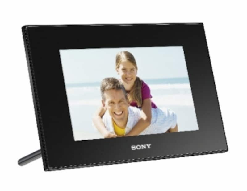 ソニーが2010年3月5日に発売するデジタルフォトフレーム「DPF-D75」