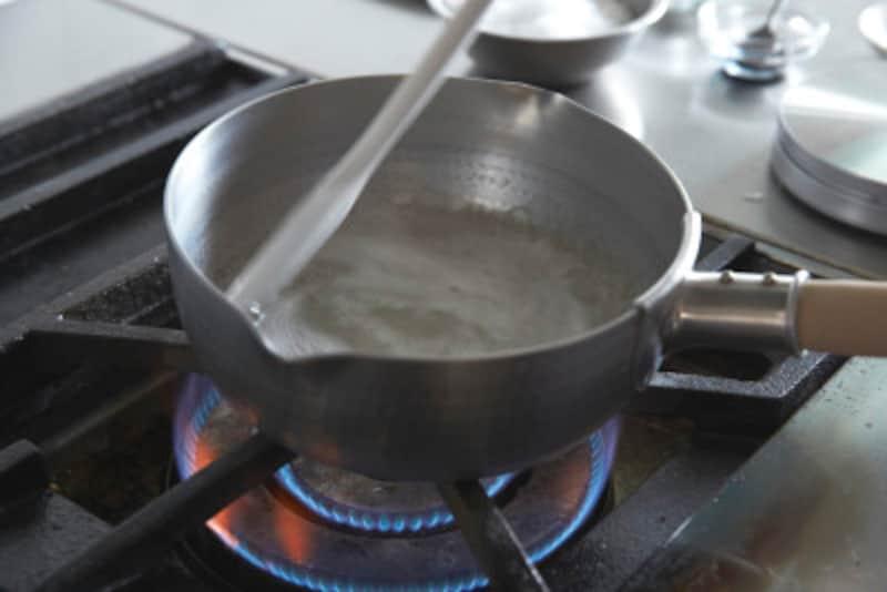 うっかり鍋に焦げが……そんな時は天日干し