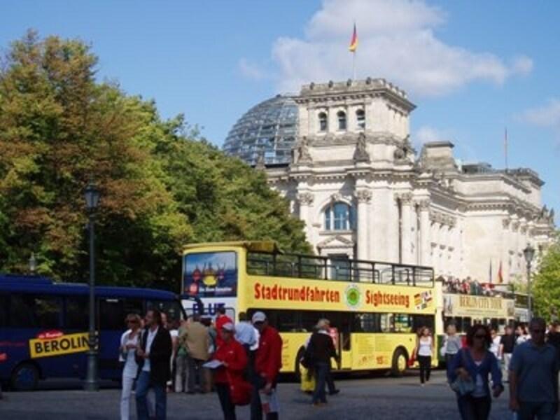 時間が限られているなら観光バスを使うのも効率的