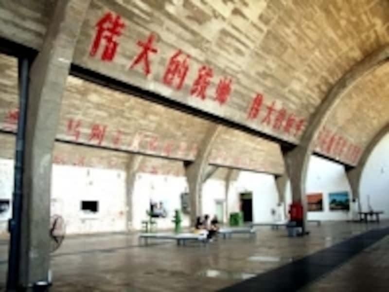 中国国営工場を利用して作った798のアートギャラリー
